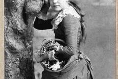 #11 Young Beatrice Tonnesen
