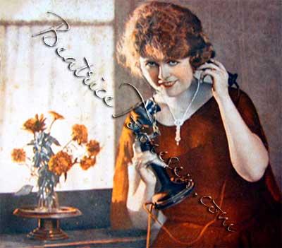 Beatrice Tonnesen - Possible Patented Flower Vase Example